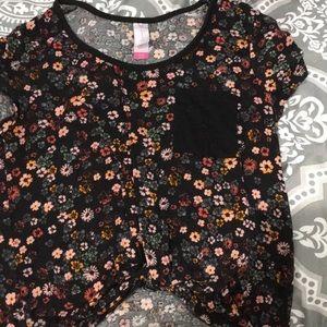 💠3 $20💠Short sleeve nobo floral  crop top